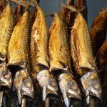Fisch räuchern mit dem Kugelgrill