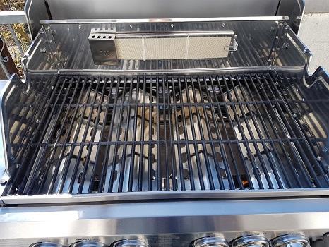 gusseiserner grillrost reiinigen und pflegen